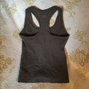 Tops - Beyond Yoga tank